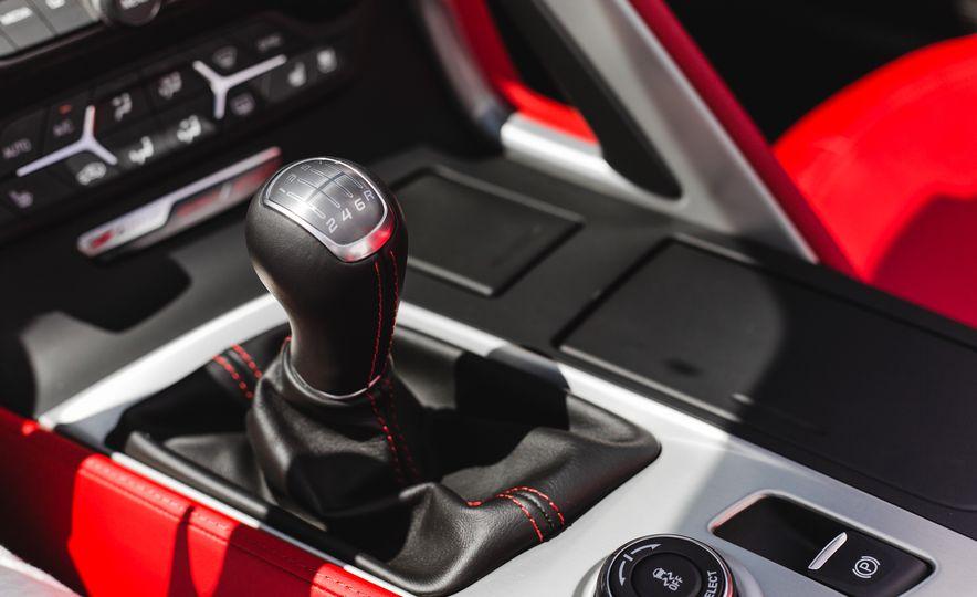 2015 Chevrolet Corvette Z06 convertible - Slide 48