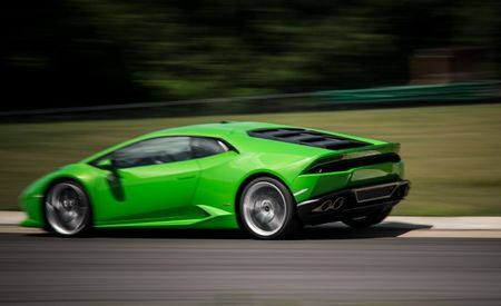 Lamborghini Huracan Updated for 2016, RWD Model Rumored for Debut at L.A. Auto Show