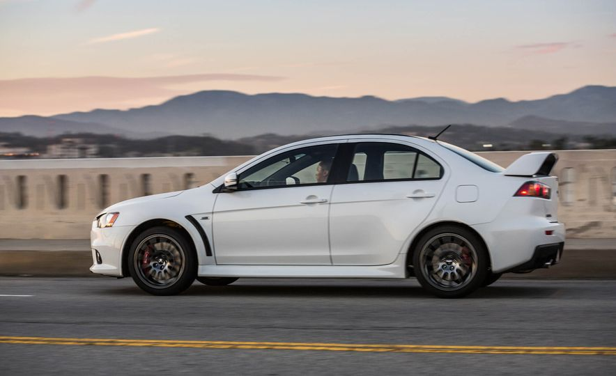 2015 Mitsubishi Lancer Evolution Final Edition - Slide 5