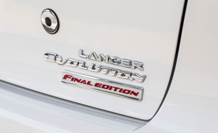 2015 Mitsubishi Lancer Evolution Final Edition - Slide 15