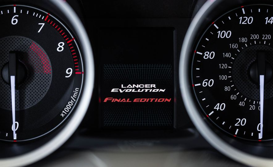 2015 Mitsubishi Lancer Evolution Final Edition - Slide 25