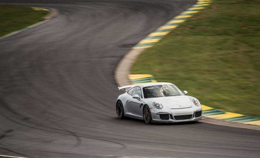 2015 Porsche 911 GT3 - Slide 9