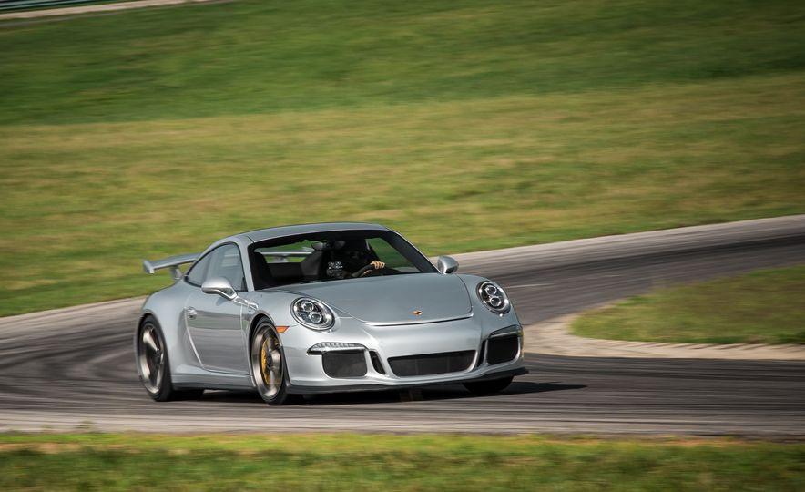 2015 Porsche 911 GT3 - Slide 11