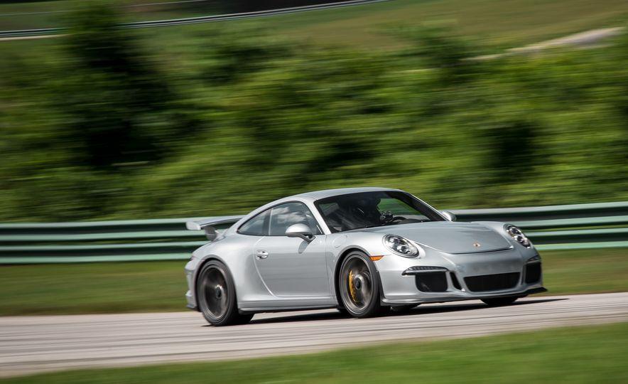2015 Porsche 911 GT3 - Slide 12