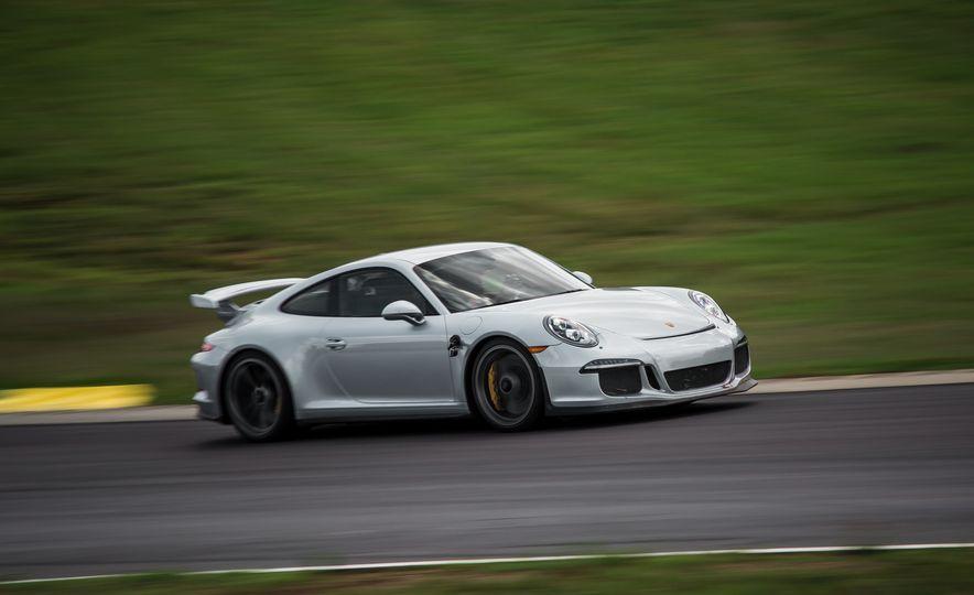 2015 Porsche 911 GT3 - Slide 16