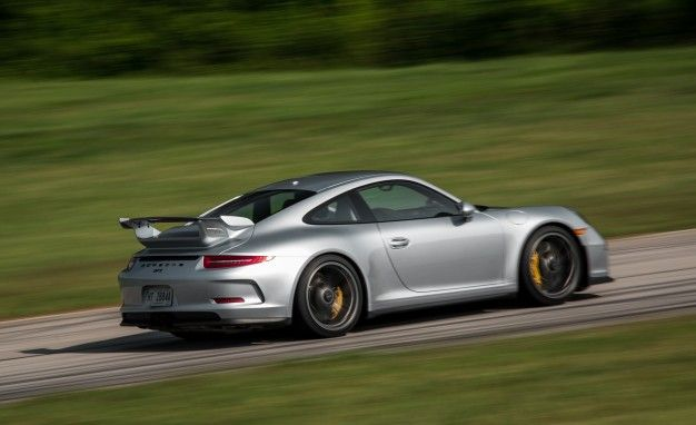 Hallelujah! Next-Gen Porsche 911 GT3 to Once Again Offer a Manual Transmission