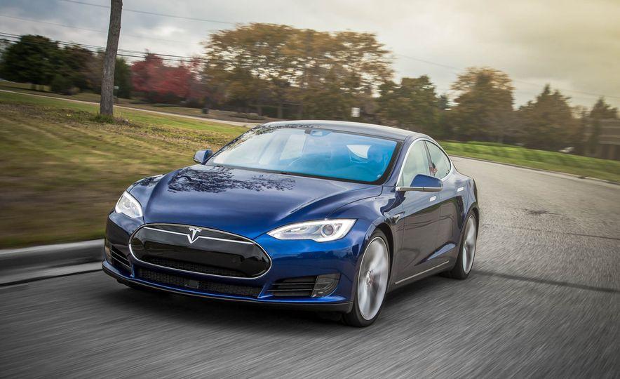 2015 Tesla Model S P90D - Slide 1