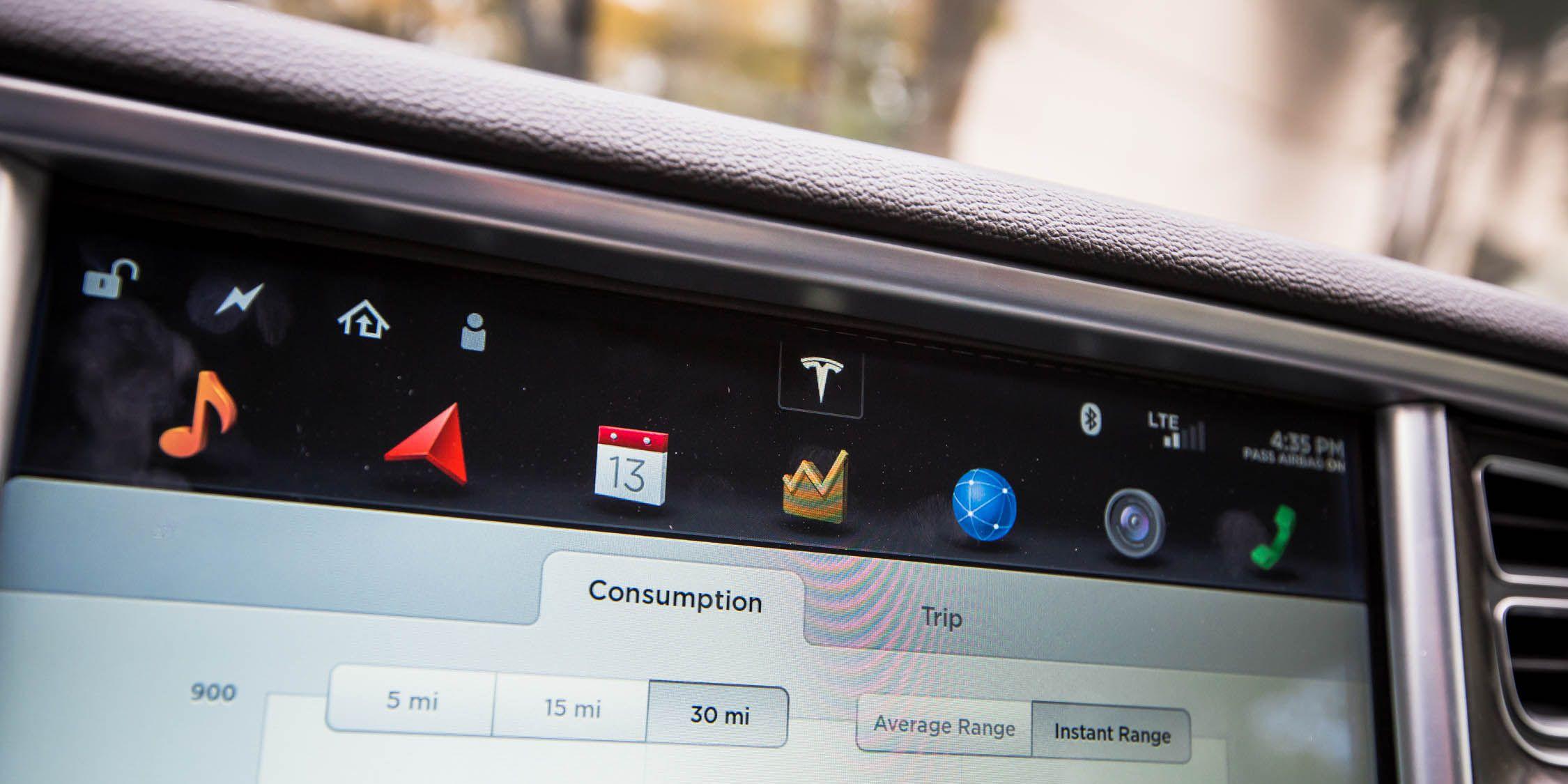 Elon, Take the Wheel! We Test Tesla's New Autopilot Feature