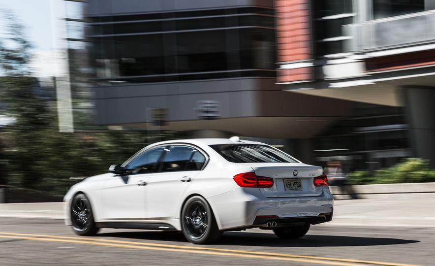 2016 BMW 328i M Sport - Slide 7