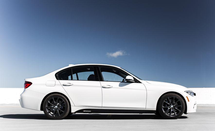 2016 BMW 328i M Sport - Slide 11