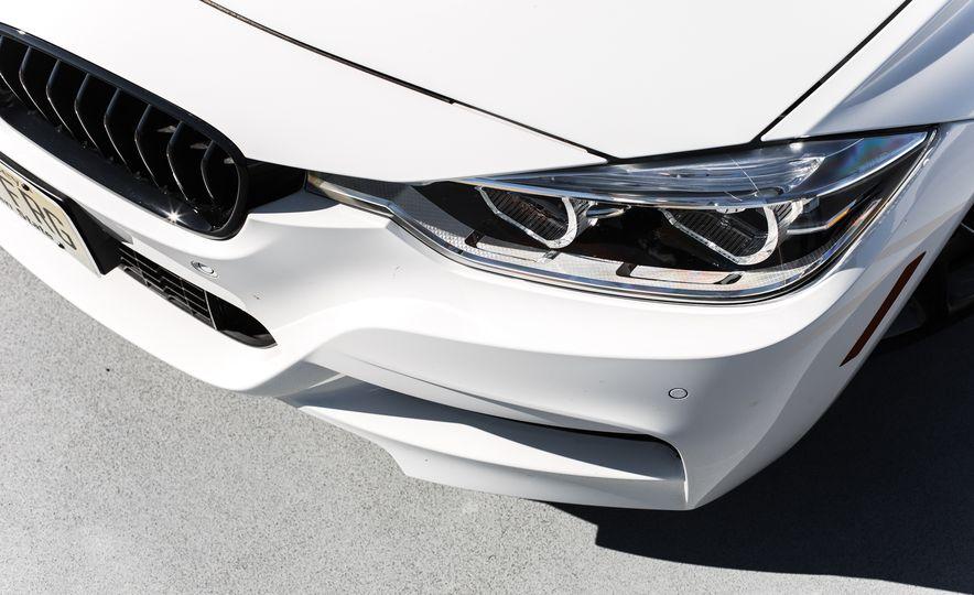 2016 BMW 328i M Sport - Slide 21
