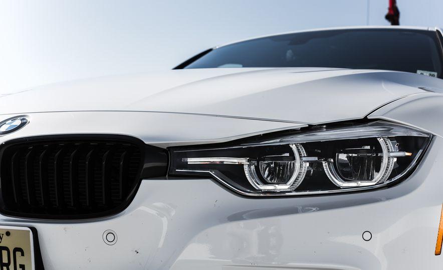 2016 BMW 328i M Sport - Slide 22