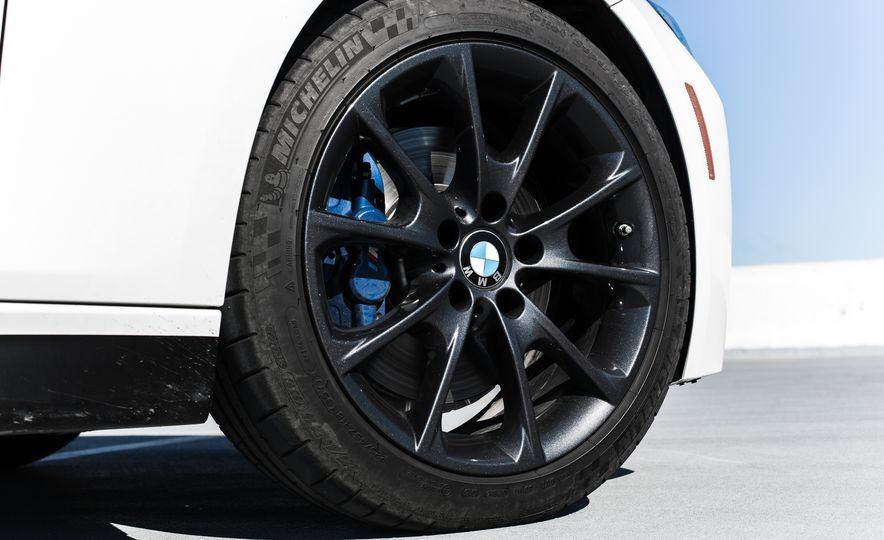 2016 BMW 328i M Sport - Slide 23