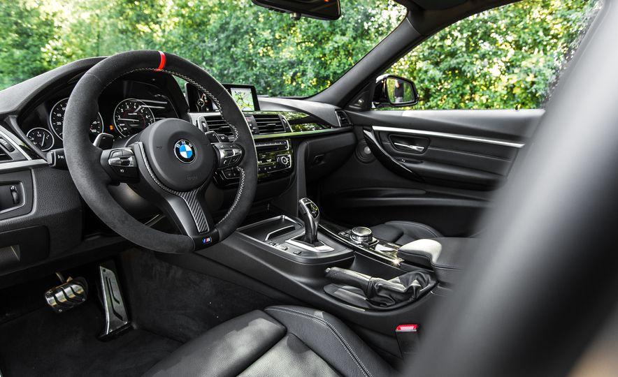 2016 BMW 328i M Sport - Slide 31