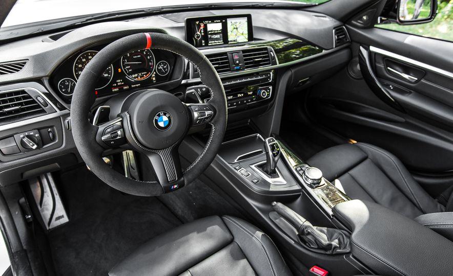 2016 BMW 328i M Sport - Slide 33