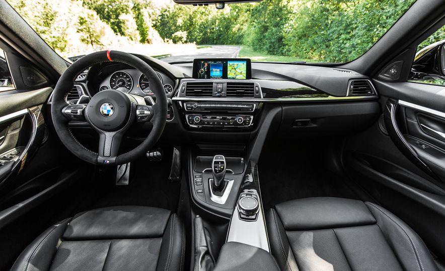 2016 BMW 328i M Sport - Slide 34