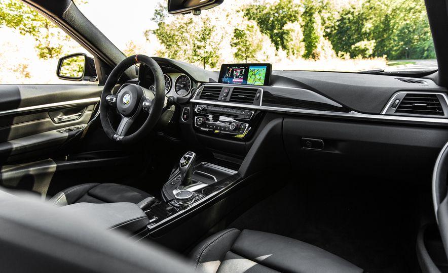 2016 BMW 328i M Sport - Slide 35