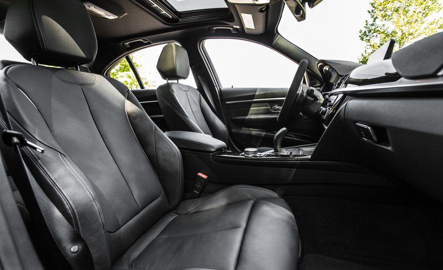 2016 BMW 328i M Sport - Slide 37