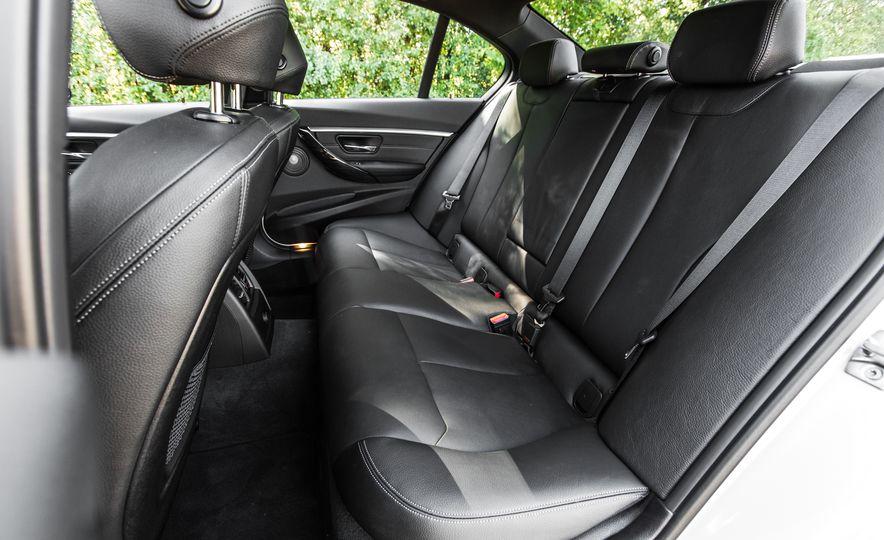 2016 BMW 328i M Sport - Slide 39