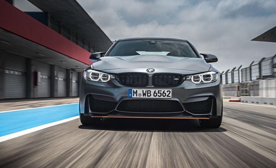 2016 BMW M4 GTS - Slide 5