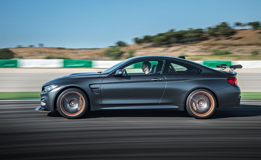 2016 BMW M4 GTS - Slide 8
