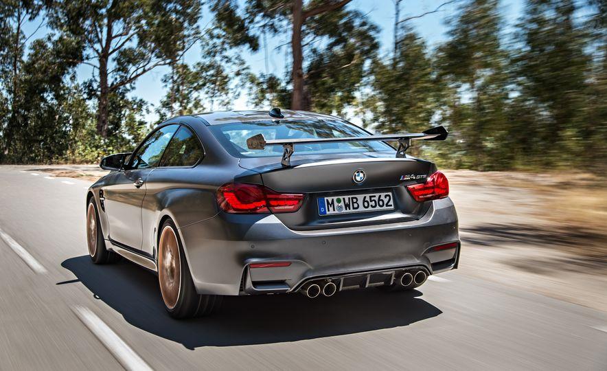 2016 BMW M4 GTS - Slide 15