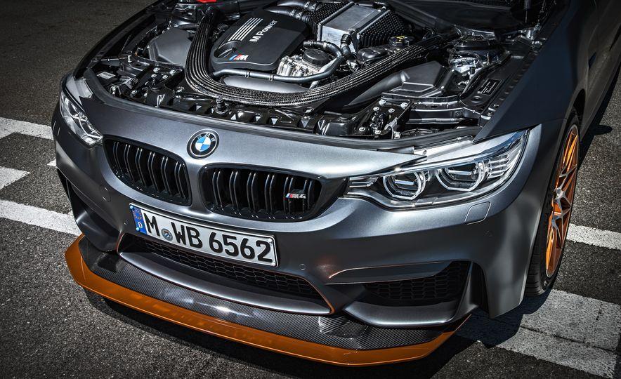 2016 BMW M4 GTS - Slide 26