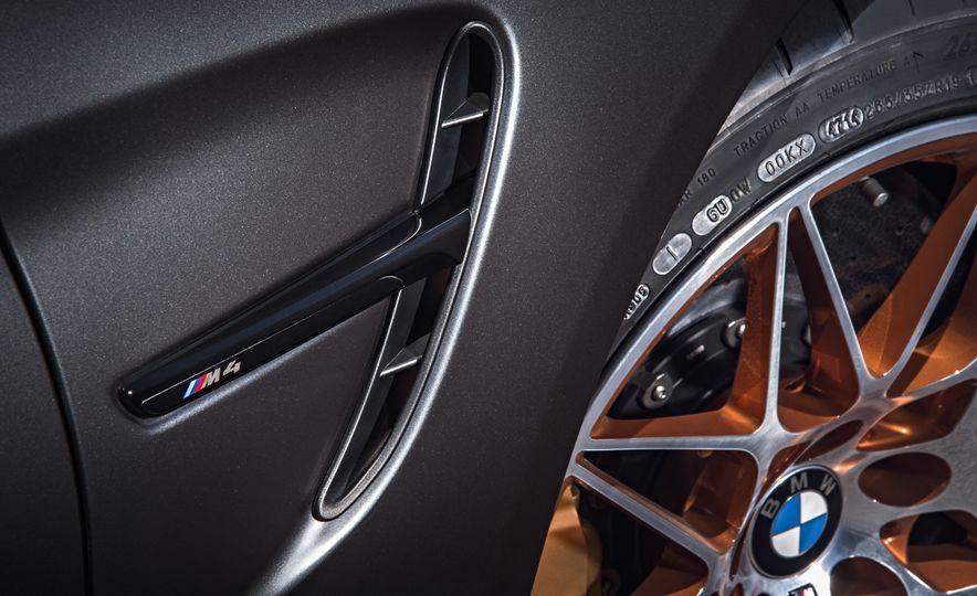 2016 BMW M4 GTS - Slide 34
