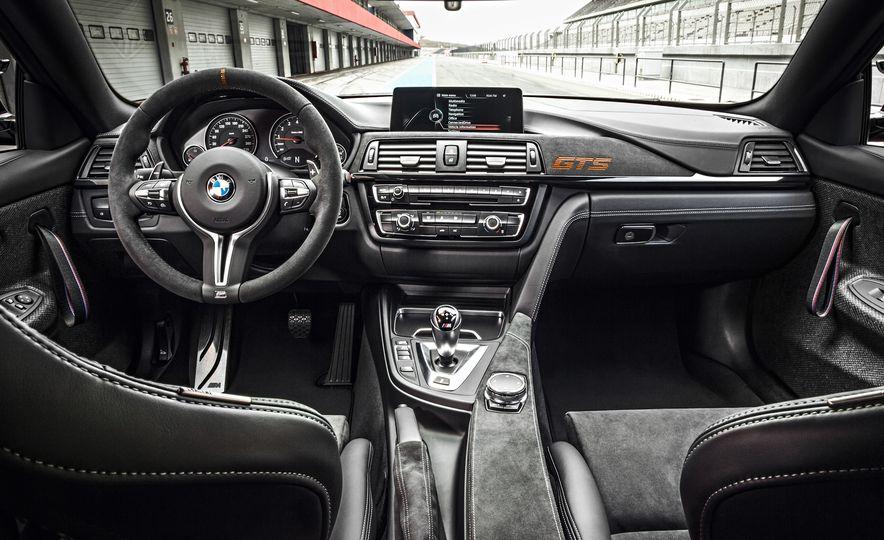 2016 BMW M4 GTS - Slide 39
