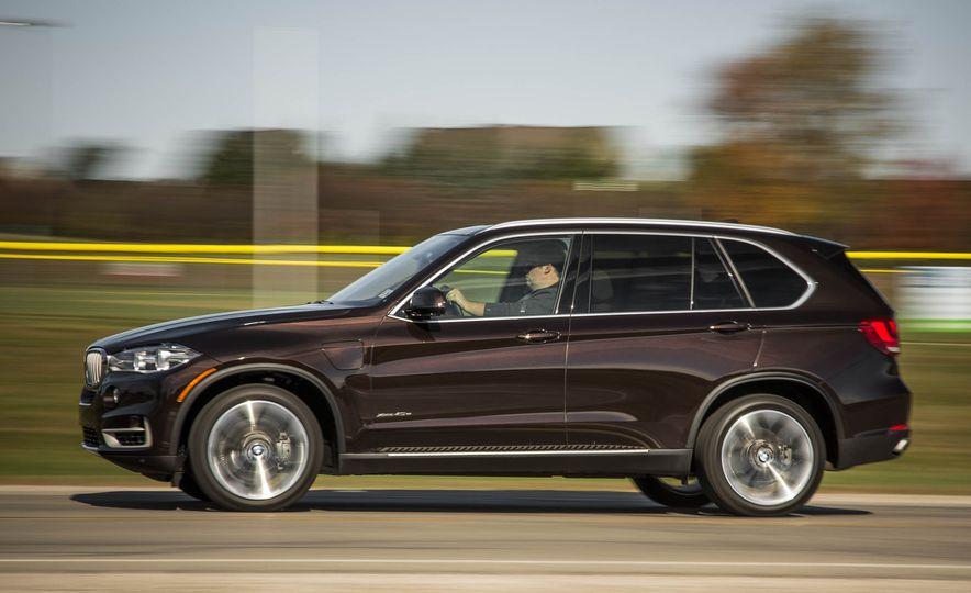 2016 BMW X5 xDrive40e - Slide 4