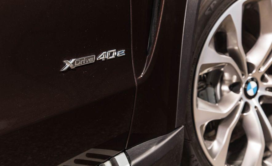 2016 BMW X5 xDrive40e - Slide 13