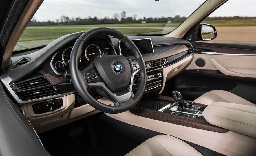 2016 BMW X5 xDrive40e - Slide 19