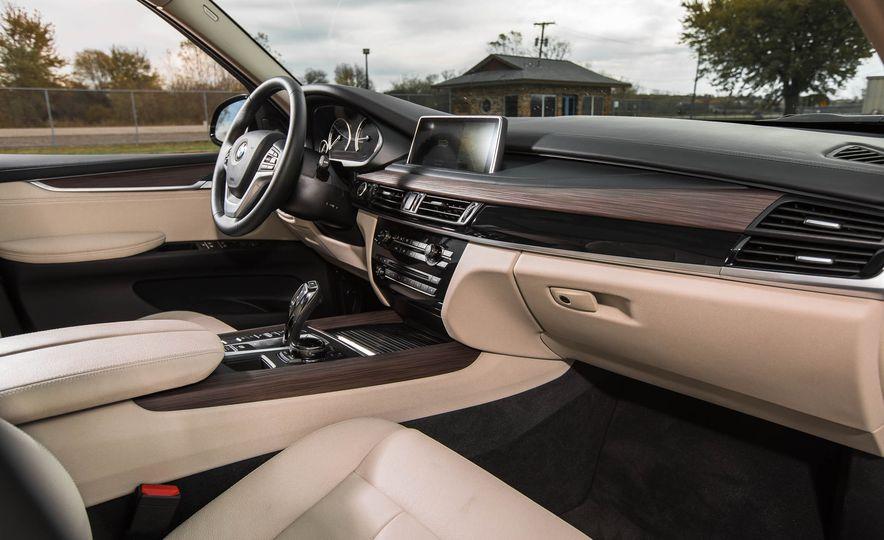 2016 BMW X5 xDrive40e - Slide 22