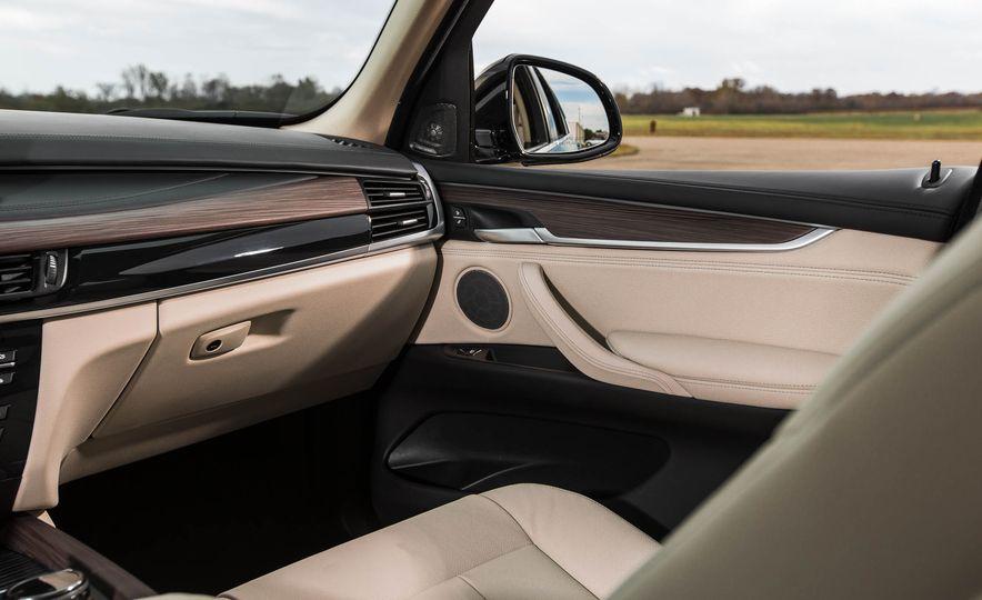 2016 BMW X5 xDrive40e - Slide 28