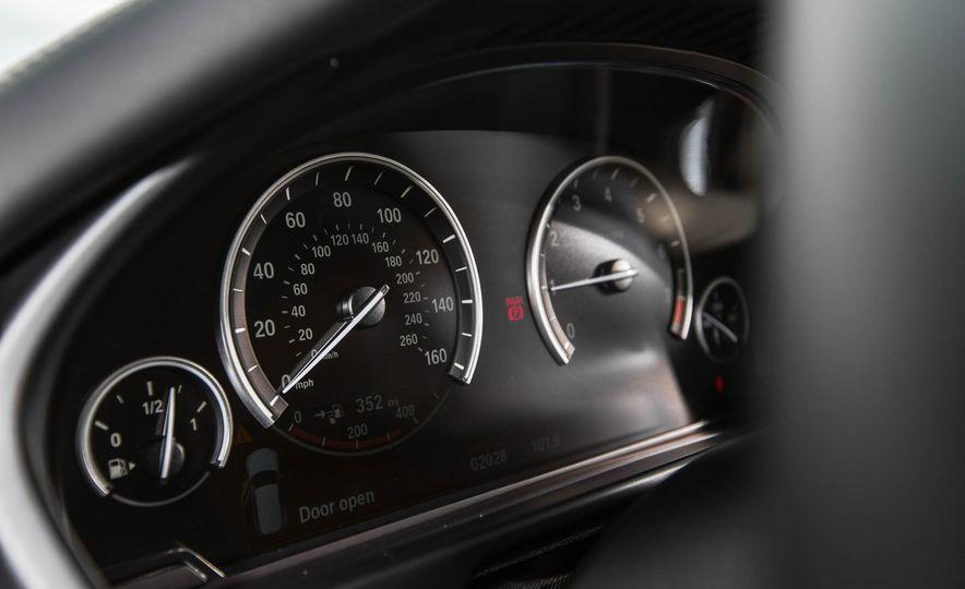 2016 BMW X5 xDrive40e - Slide 30