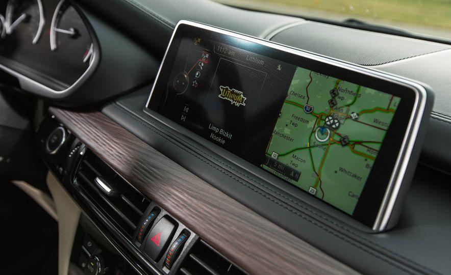 2016 BMW X5 xDrive40e - Slide 31