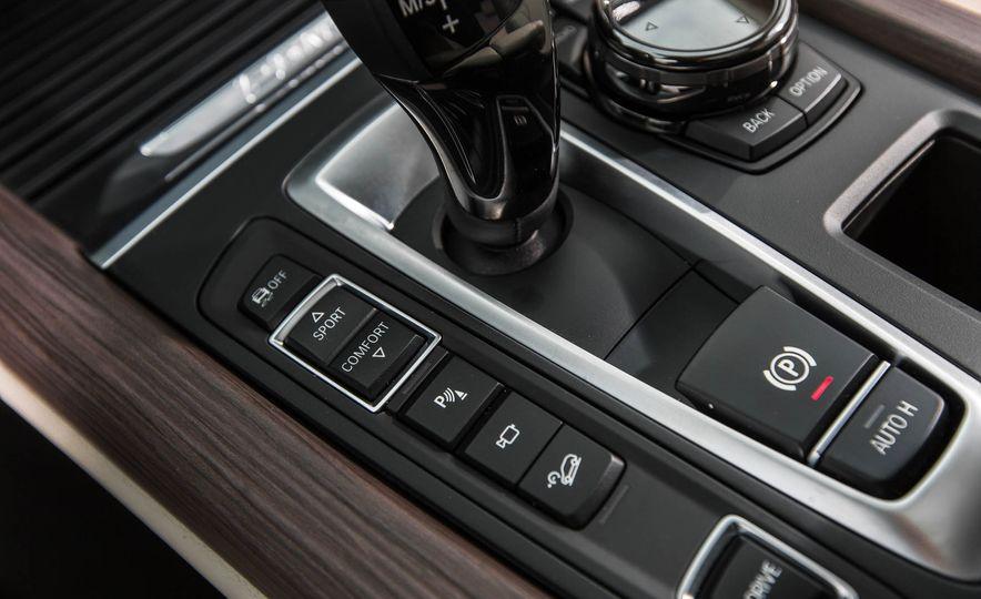 2016 BMW X5 xDrive40e - Slide 37