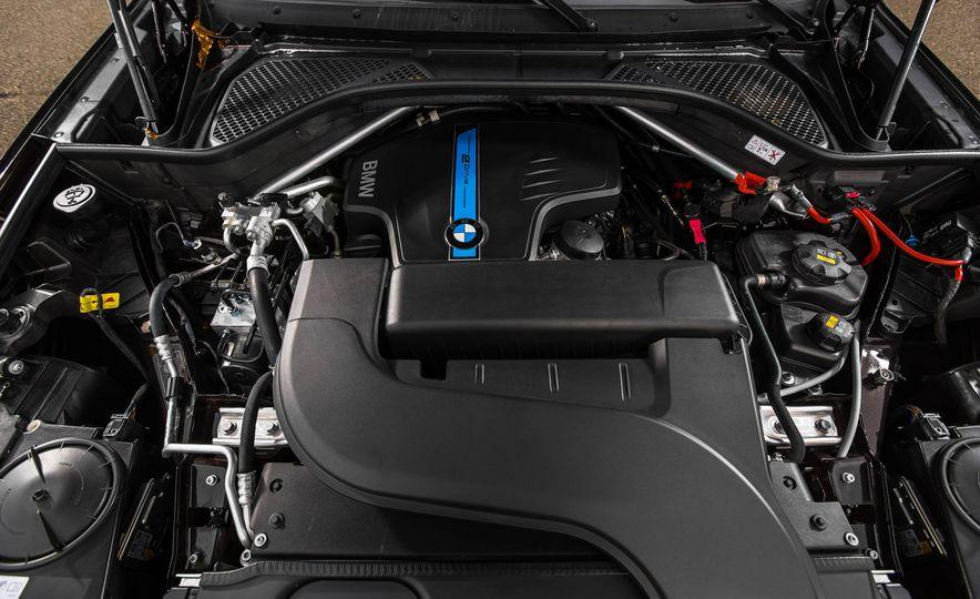 2016 BMW X5 xDrive40e - Slide 40