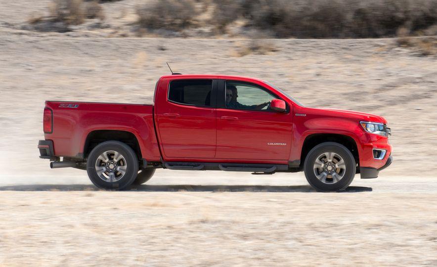 2016 Chevrolet Colorado Diesel - Slide 2