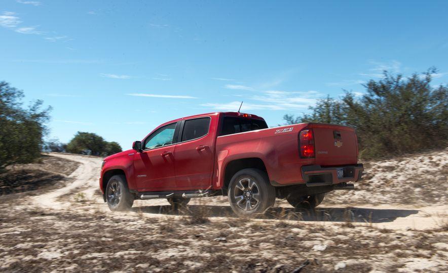 2016 Chevrolet Colorado Diesel - Slide 4