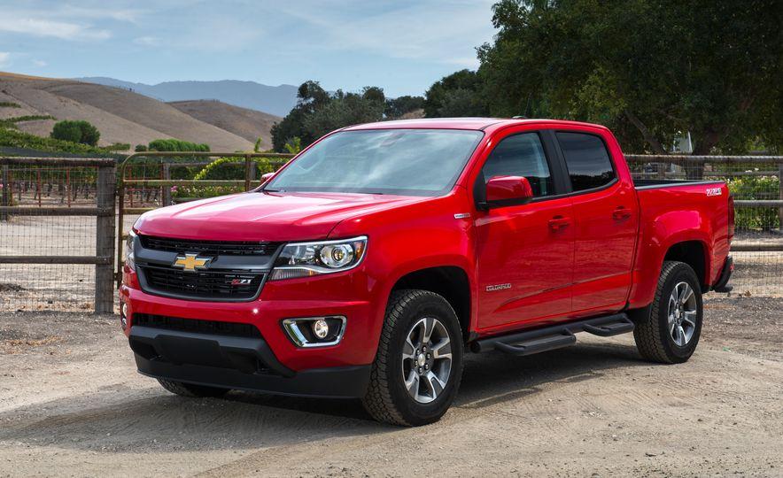 2016 Chevrolet Colorado Diesel - Slide 6