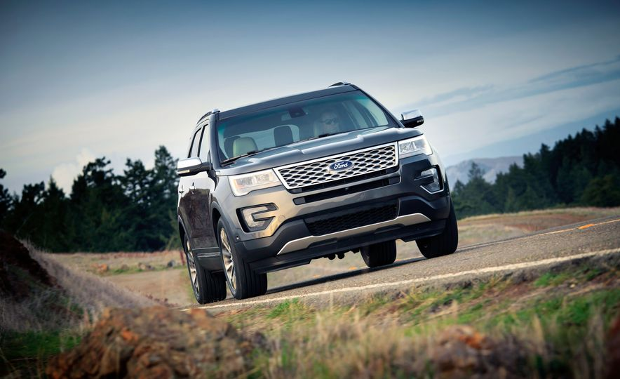 2016 Ford Explorer Platinum - Slide 38