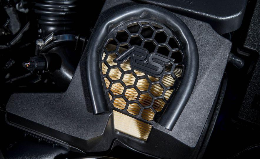 2016 Ford Focus RS - Slide 28