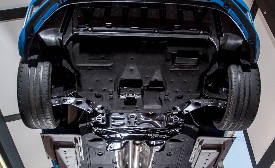 2016 Ford Focus RS - Slide 30