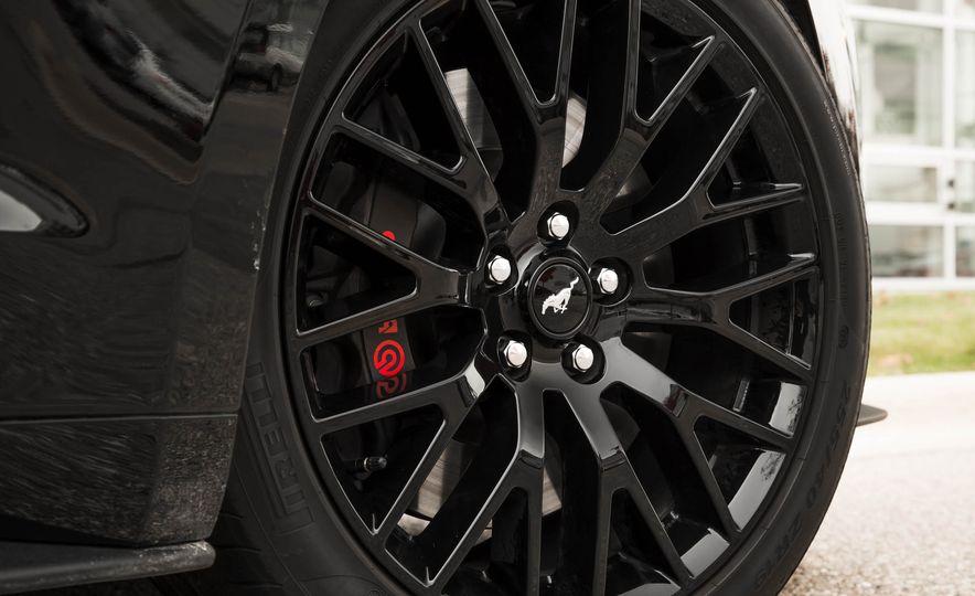 2016 Ford Mustang GT - Slide 105