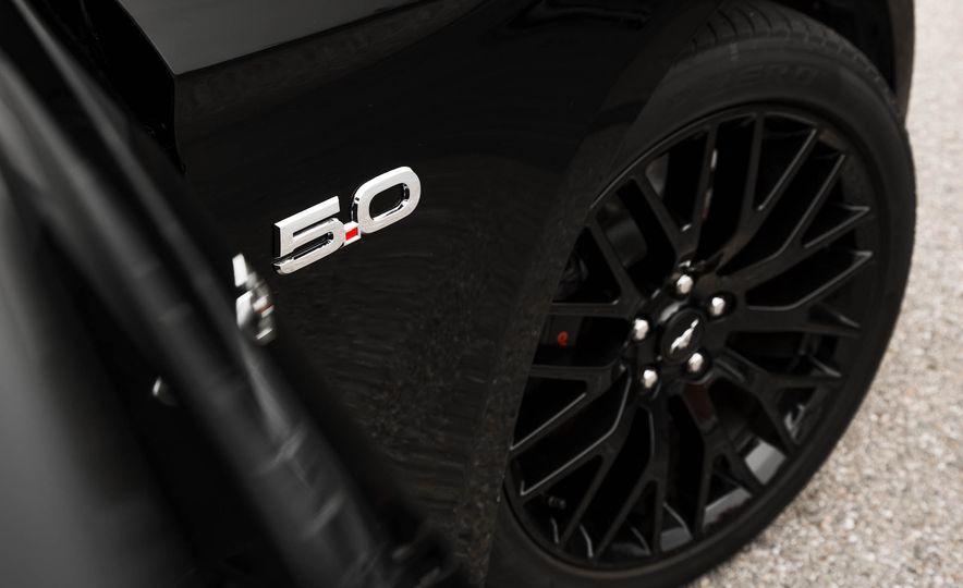 2016 Ford Mustang GT - Slide 106