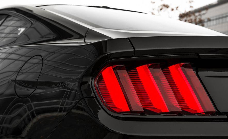 2016 Ford Mustang GT - Slide 107
