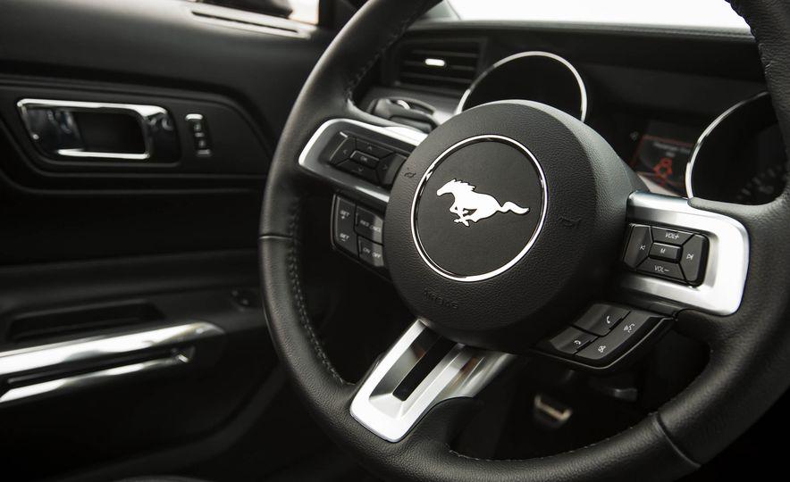 2016 Ford Mustang GT - Slide 119