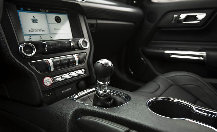2016 Ford Mustang GT - Slide 124