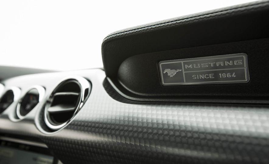 2016 Ford Mustang GT - Slide 129